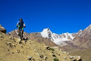Auch mit einem Mountainbike  lässt es sich weit reisen.