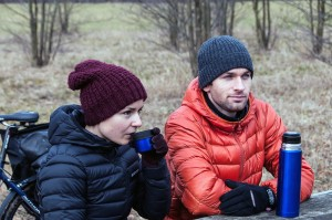 Natalie und Piotr verbinden ihre Veloreise mit einem Buchprojekt.