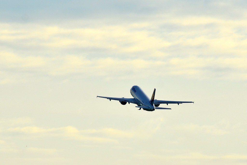 Flugzeug unterwegs